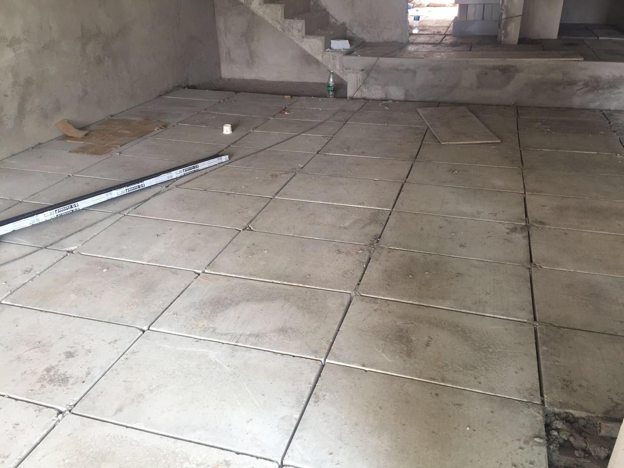 地下室,水泥板,架空