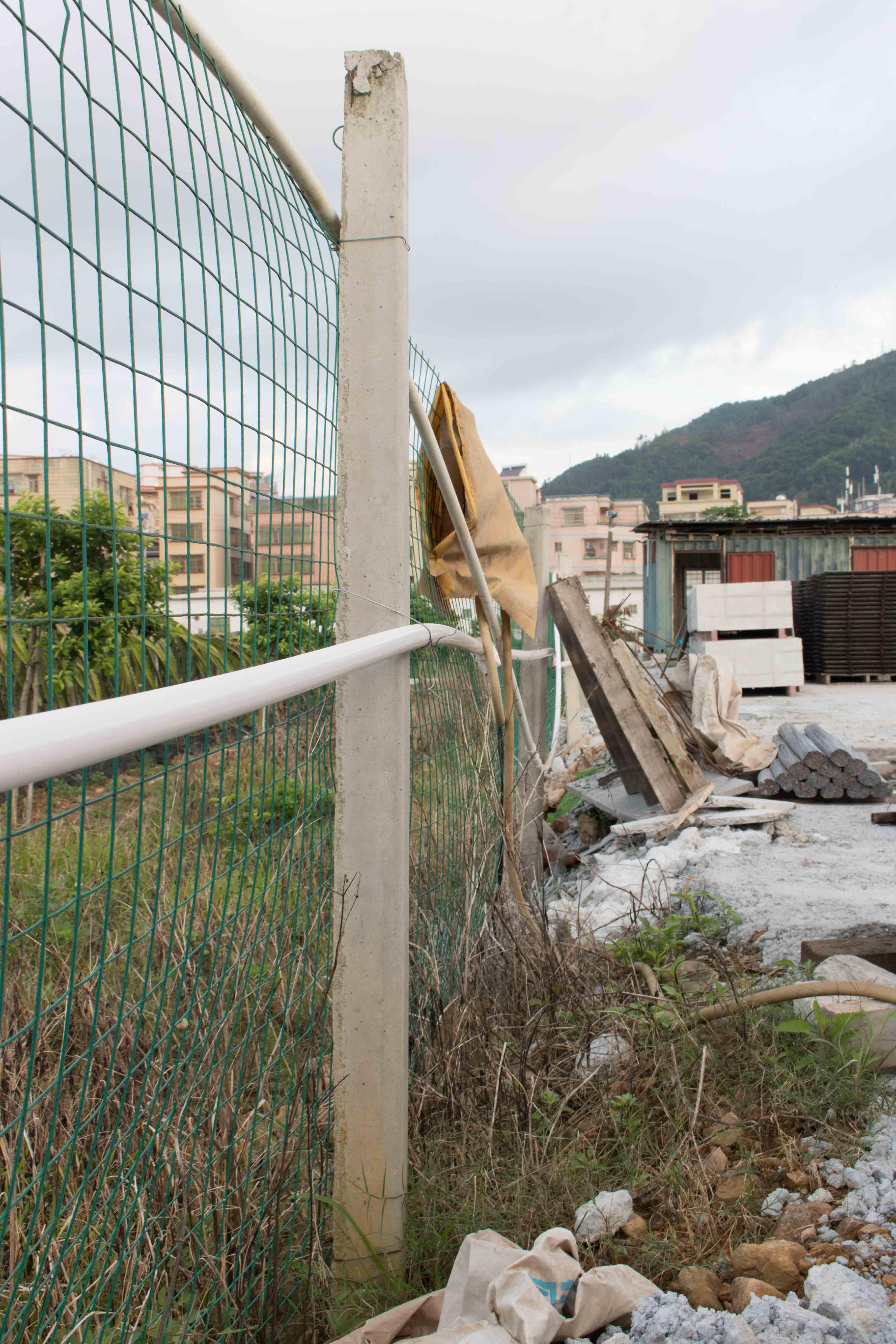 围树桩,水泥柱,围栏柱